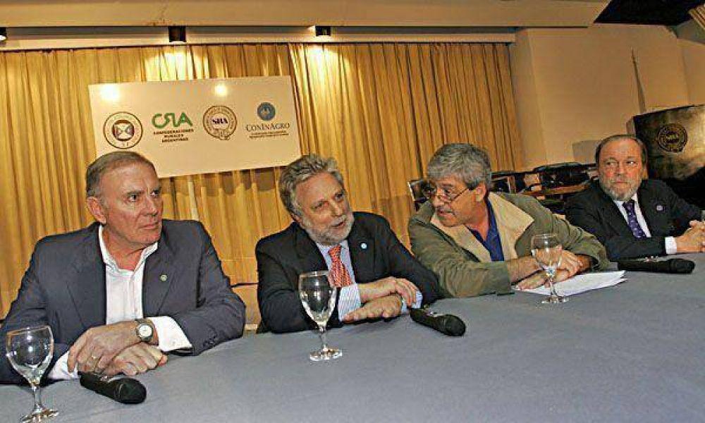 """El campo va a la Conferencia de la UIA en búsqueda de """"consensos"""""""