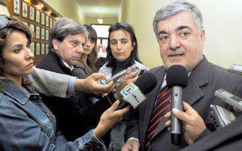 """Das Neves reclama """"un reproche social"""""""