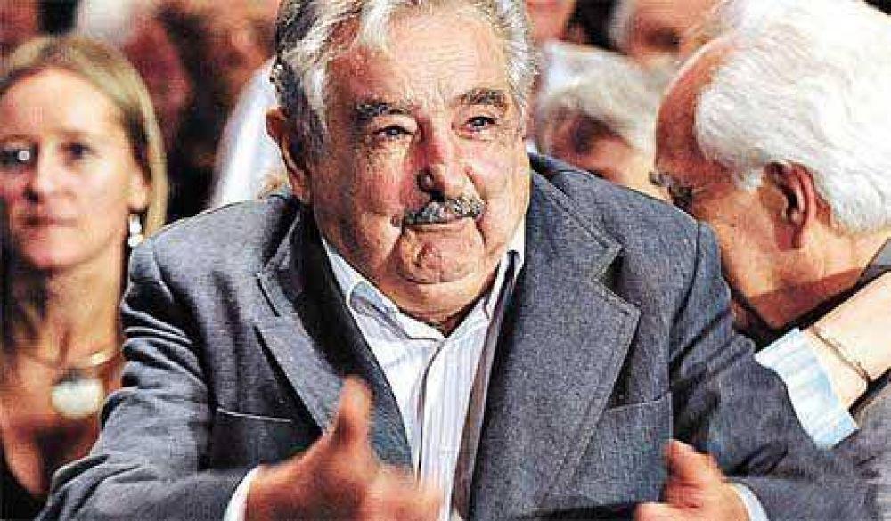 Mujica propone un paraguas sobre Botnia