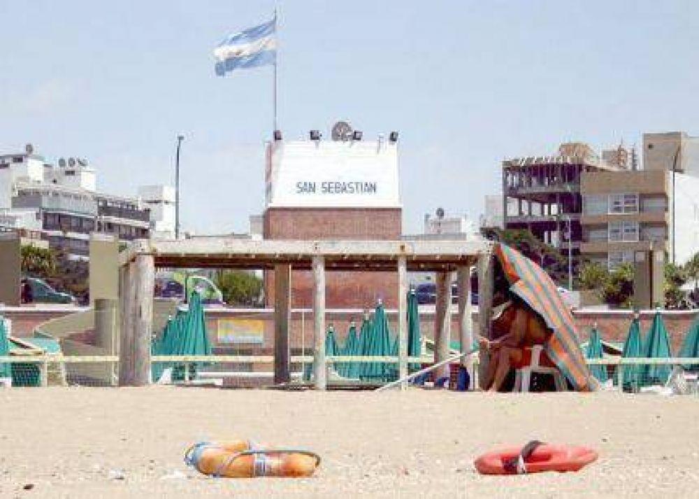 Los guardavidas comenzaron sus tareas en las playas públicas