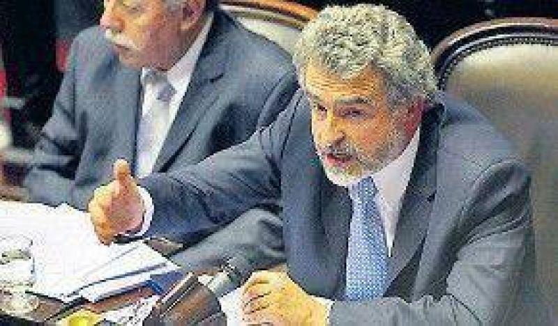 """Rossi: """"La oposición busca desestabilizar"""""""