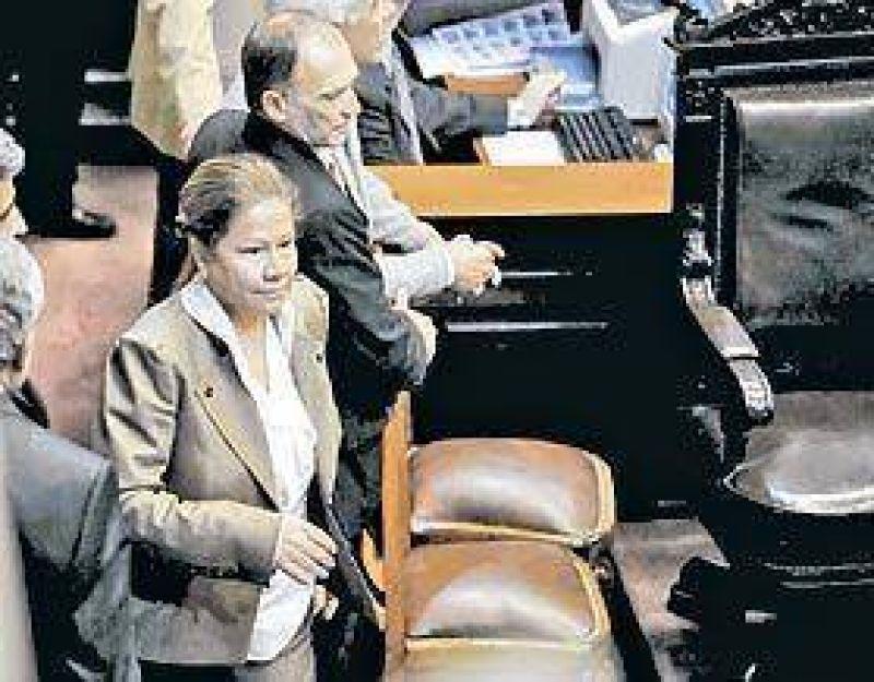 Dos protagonistas inesperadas, en medio de una sesión tumultuosa