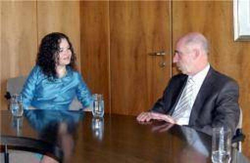 Teresita Luna se reuni� con el embajador de Alemania