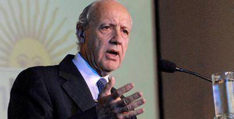 Lavagna criticó que Scioli 'siga' la política que perdió el rumbo