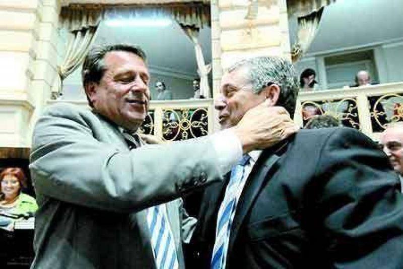 Aprobaron a Bonicatto como Defensor del Pueblo provincial