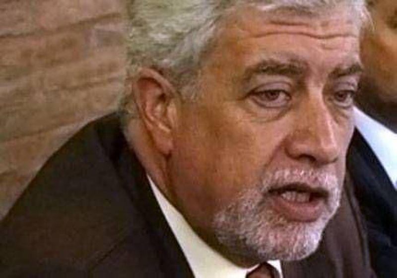 El rector de la UNCuyo esquivó las críticas publicadas en Página 12