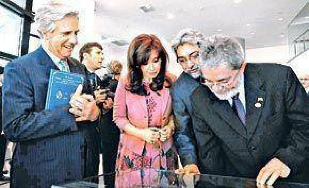 Cristina aludió al conflicto con Brasil y Lula se enojó y se fue