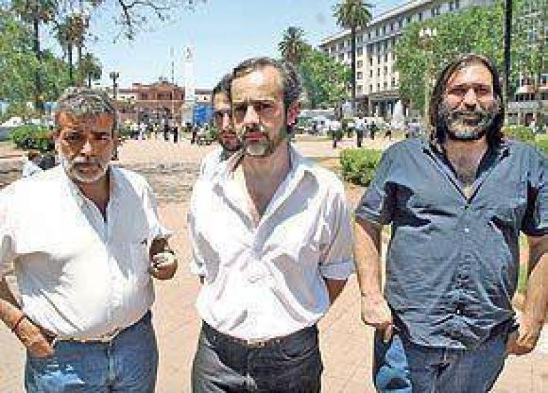 Los gremios docentes y la oposición le piden a Macri que Posse no asuma