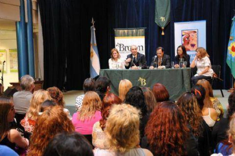 Almirante Brown: Se realiz� un encuentro de mujeres dirigentes