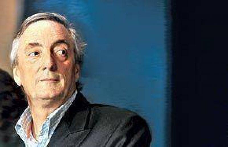 Reabren una causa contra Kirchner por desvío de fondos