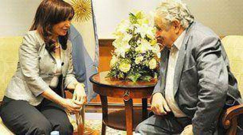 Mujica se opuso al arribo de otra pastera a Fray Bentos