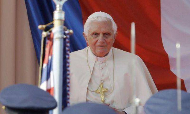 El Papa, avergonzado por los casos de pedofilia en la Iglesia de Irlanda