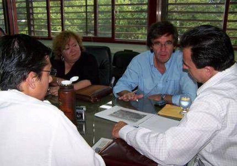 Asistirán con 4.000 pesos a las familias uruguayenses inundadas