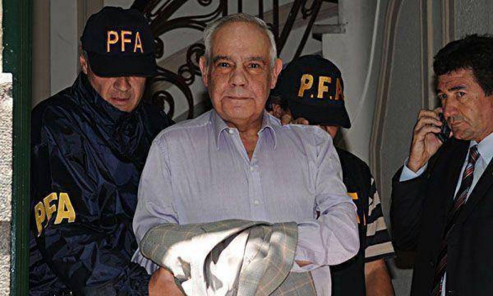 Por asociación ilícita, Oyarbide procesaría a Zanola y Lorenzo
