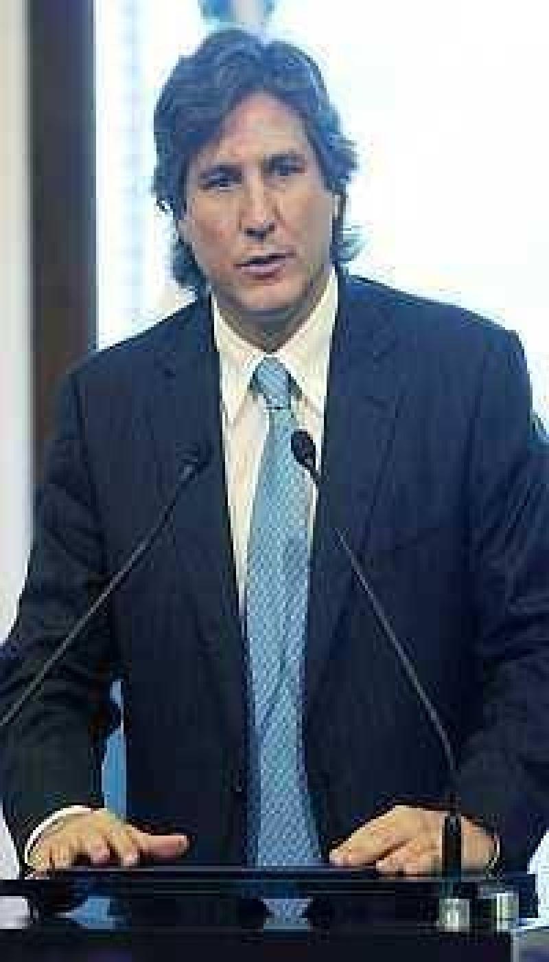 Gobierno anunci� que usar� reservas para garantizar pagos de deuda en 2010