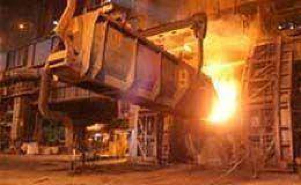 Por primera vez en el año creció la producción siderúrgica