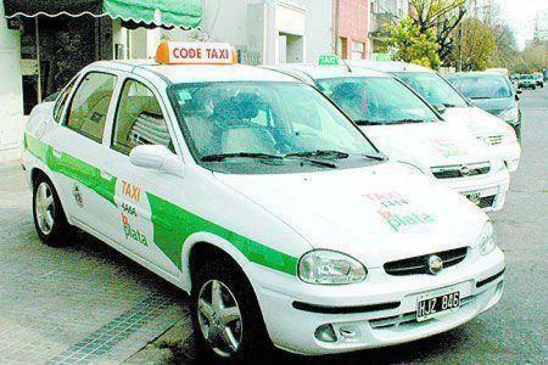 Aprueban aumento para los taxis