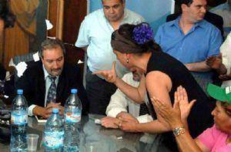 La reunión Gobierno-ATE terminó con un violento ataque a funcionarios