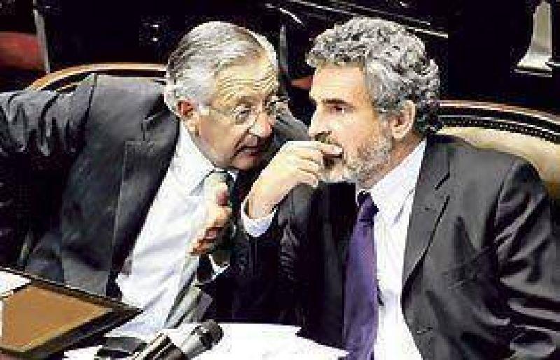 El Gobierno bloquea la comisión bicameral de control de los DNU