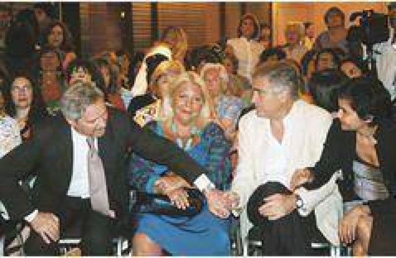 La oposici�n le reclam� a Redrado que frene el uso de reservas para pagar deuda