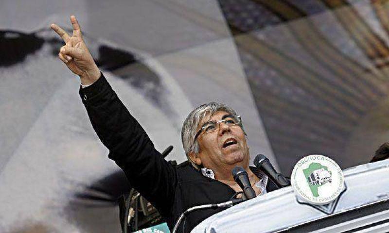 Hugo Moyano denuncia que quieren desestabilizar el gobierno nacional