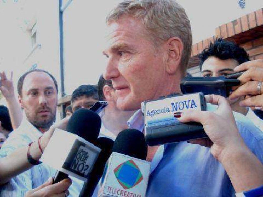 """Francisco De Narváez y la interna del PJ: """"Moyano está envidioso"""""""