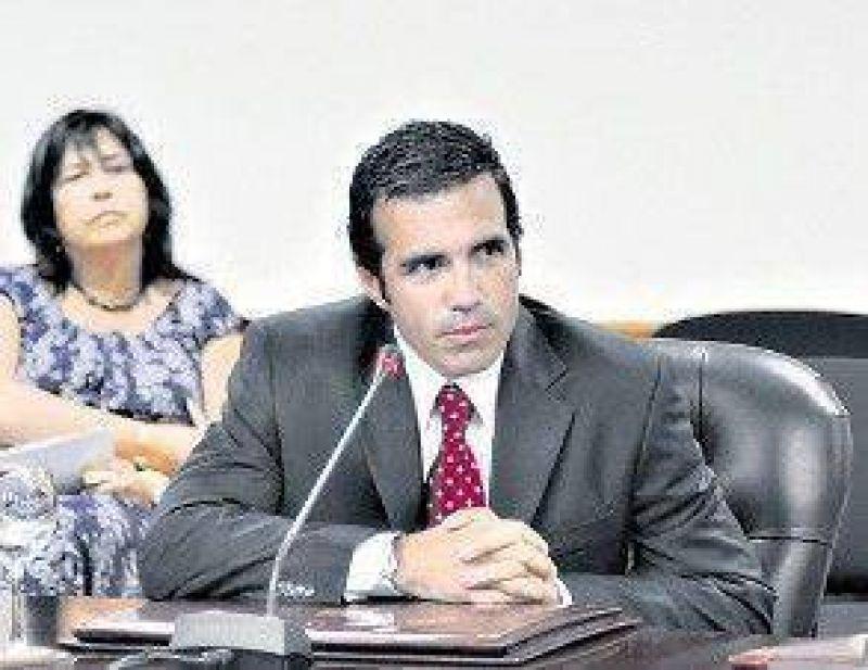"""""""Las presiones políticas hacen imposible ejercer la magistratura"""""""