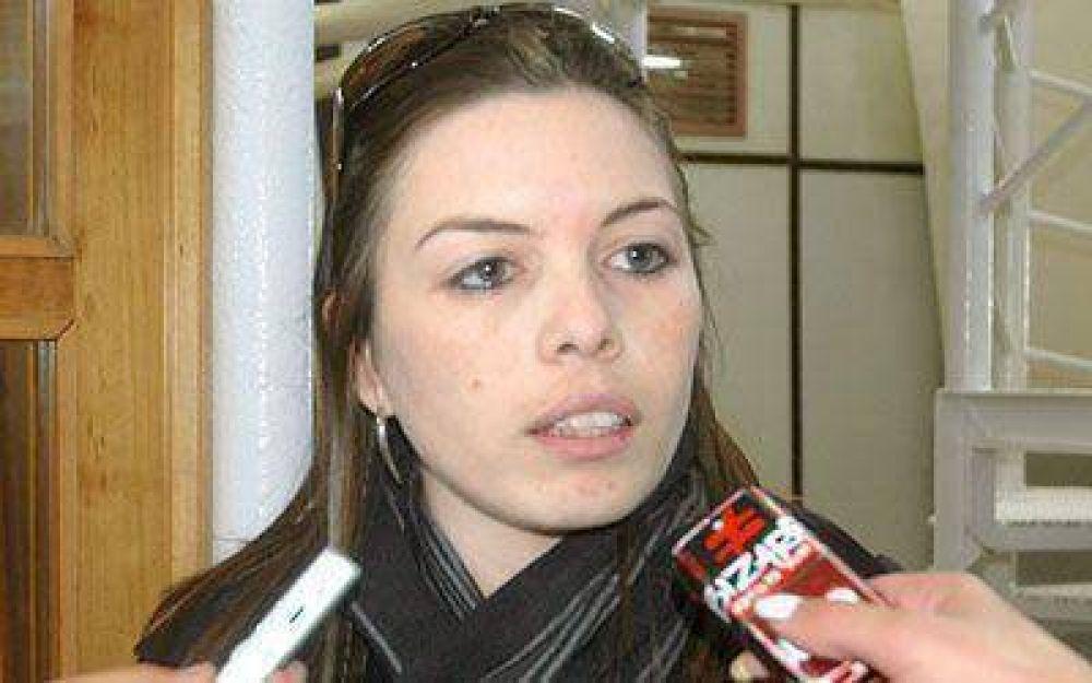 La secretaria de Economía explicó el presupuesto 2010 a los vecinos