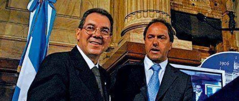 """Crece la influencia de un ex """"monto"""" en la política de seguridad de Scioli"""