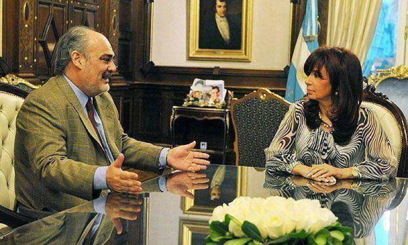 Ricardo Colombi se reunir� con la Presidente para pedirle fondos