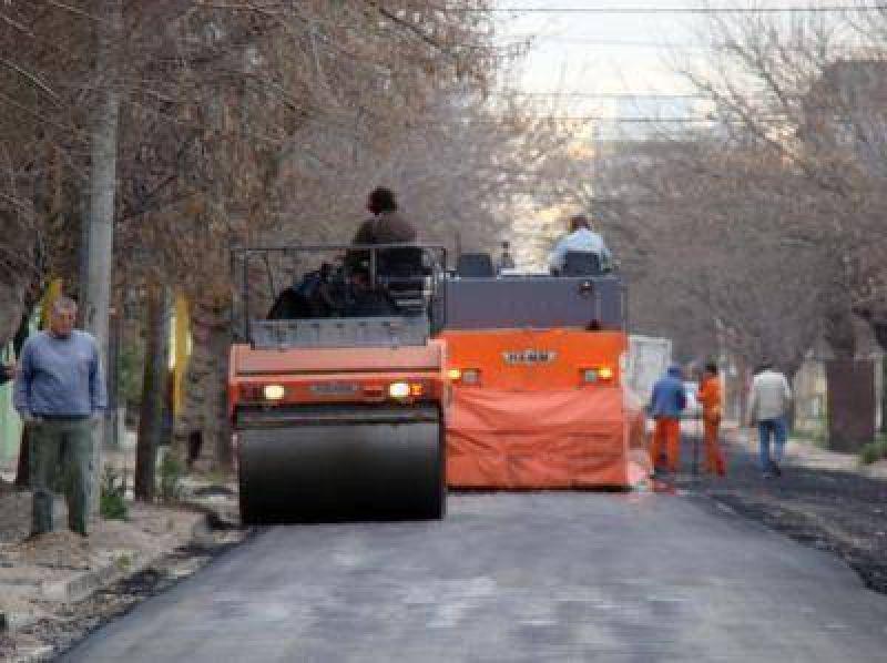 Suspenden trabajos de pavimentación por asueto del personal