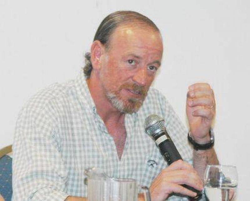 Carlos Katz denunci� que hay sectores de poder que le manejan la agenda p�blica al Intendente Pulti