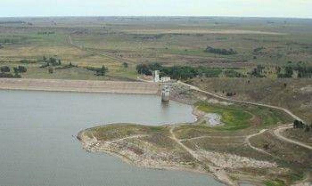 El nivel del dique tiene que subir más de tres metros para salir de la crisis