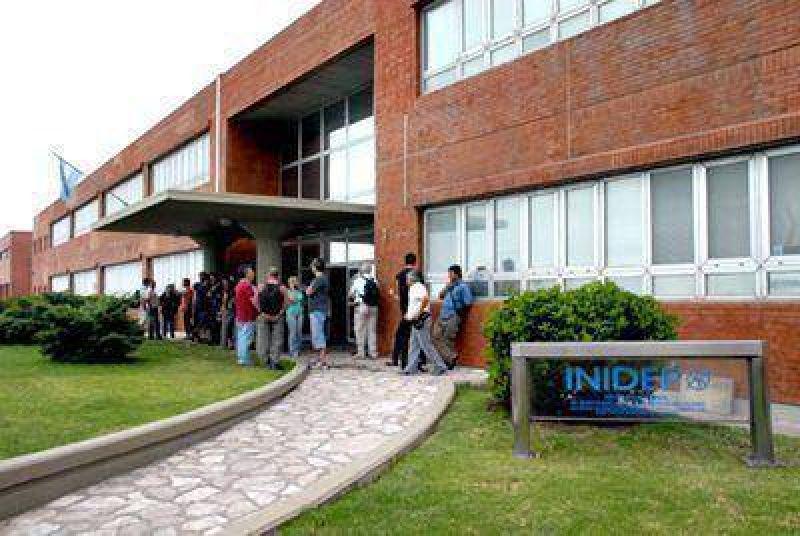 Más de 200 empleados del Inidep en conflicto por declararse asueto