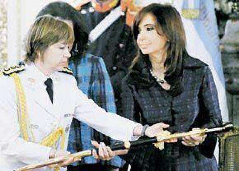 """Cristina brindó con la prensa y prometió un """"2010 muy bueno"""""""