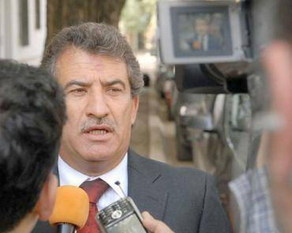 Urribarri quiere crear un banco estatal de Entre Ríos