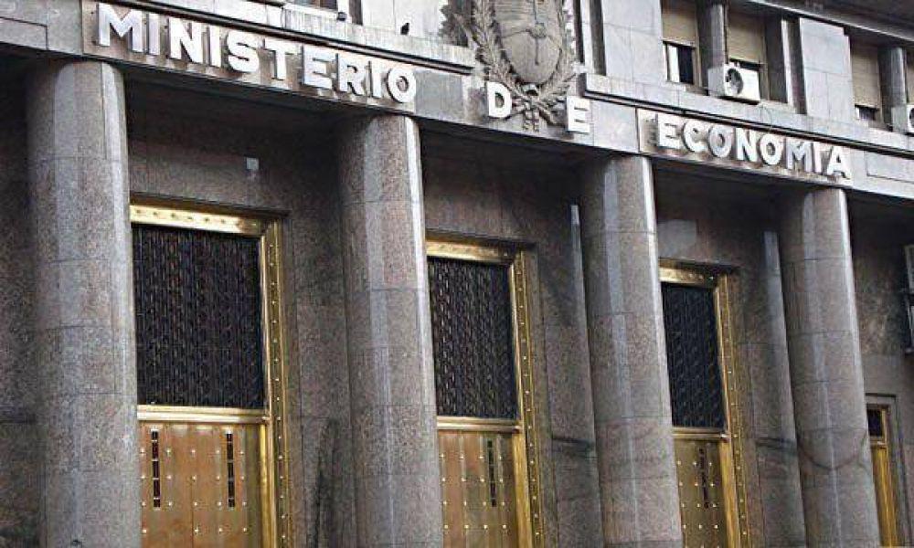 Los economistas destacan la mejora de la economía, pero advierten por la situación fiscal