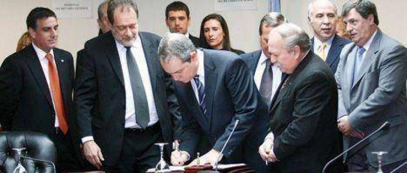 Poco cr�dito al rumor de la reuni�n Kirchner-Oyarbide