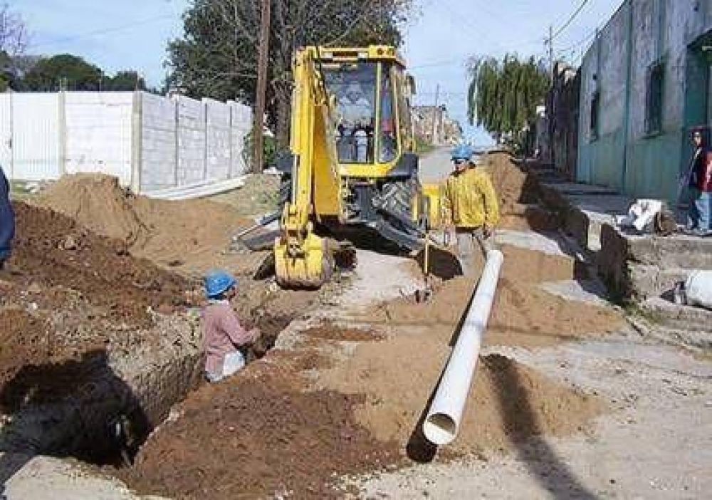 Invertirán 97 millones en obras de agua potable y cloacas