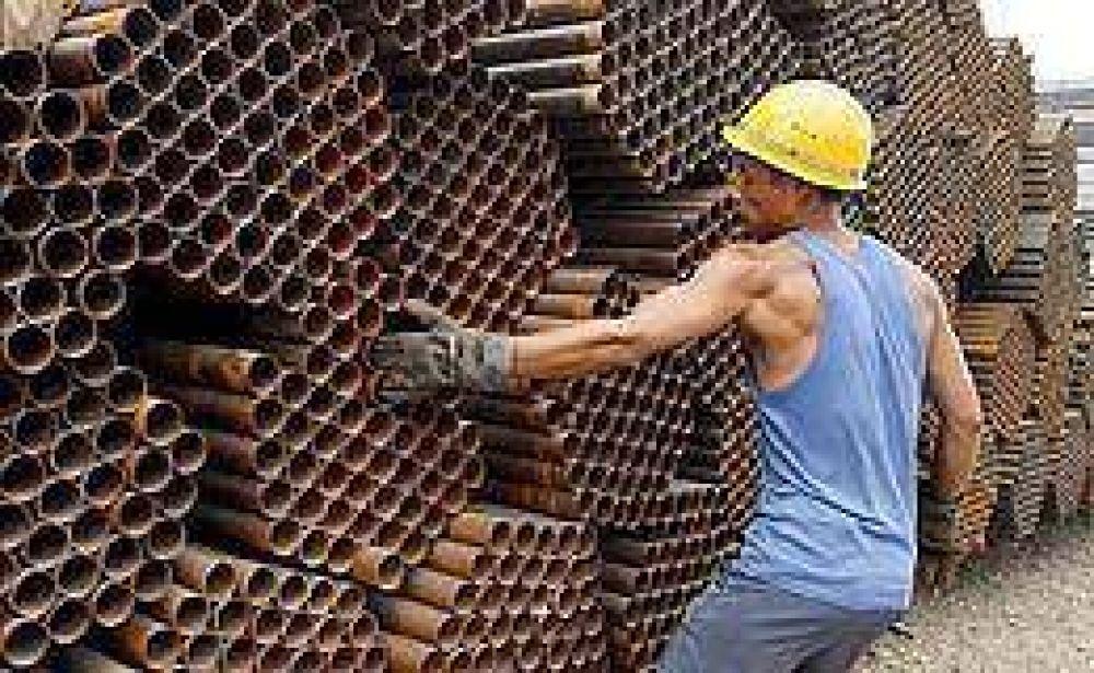 Privados estiman que la industria cerrará el año con un descenso del 7%