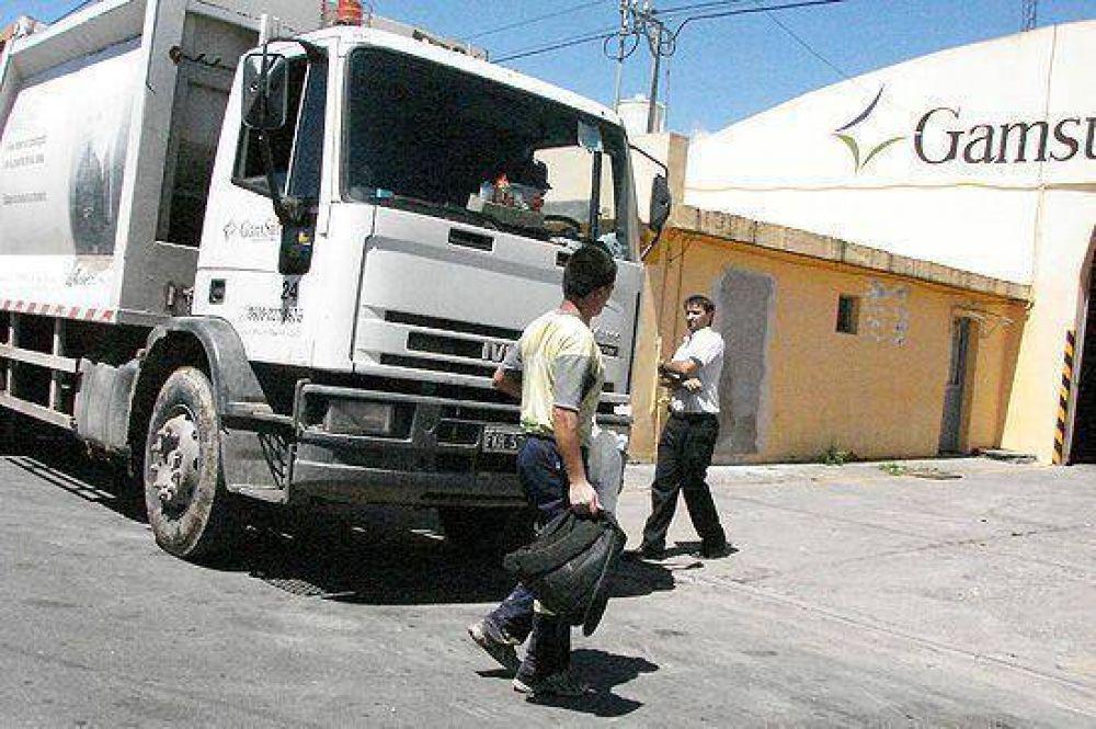 A Gamsur se le plantaron 12 empleados, no levantó la basura y Eseverri reclamó en persona