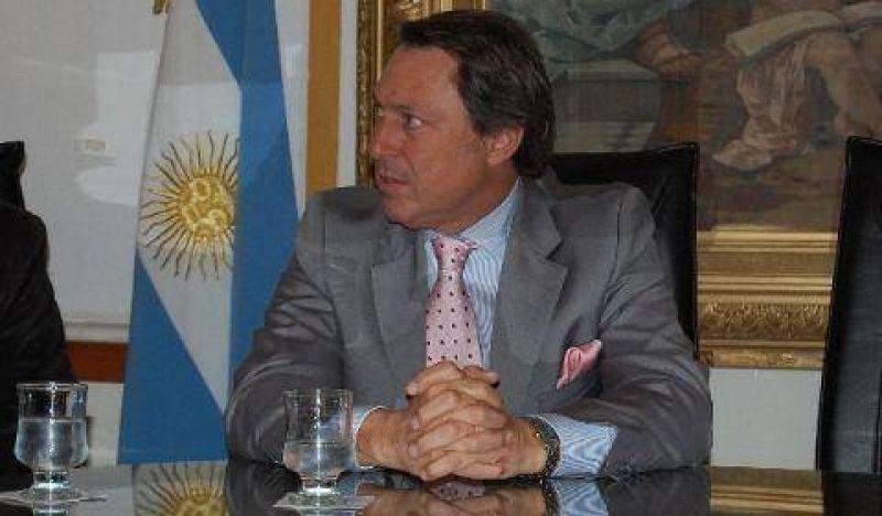 Casal firmó convenio de cooperación con el municipio de Florencio Varela
