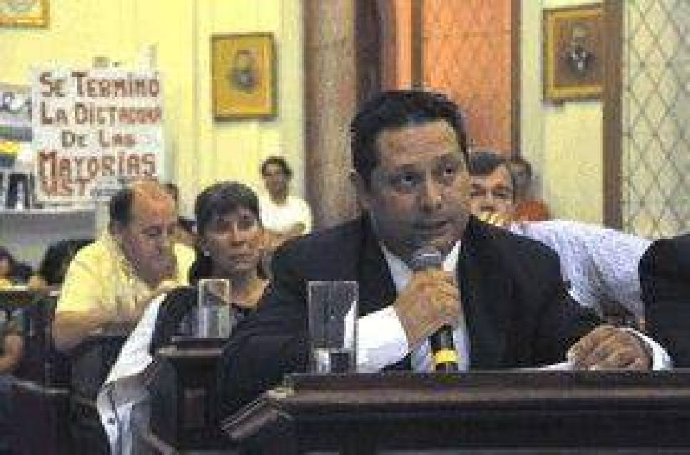 Repercusiones: Ernesto Cladera habló de provocación y Milesi, de personalismos