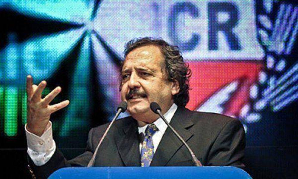 Alfonsín descartó ser candidato en 2011 y propuso a Cobos y a Carrió
