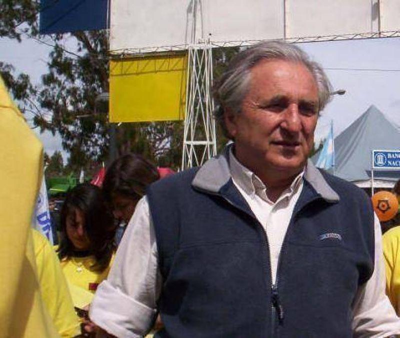 """Para Srodek, Scioli no puede """"ir a meter cizaña entre la gente de Areco"""""""