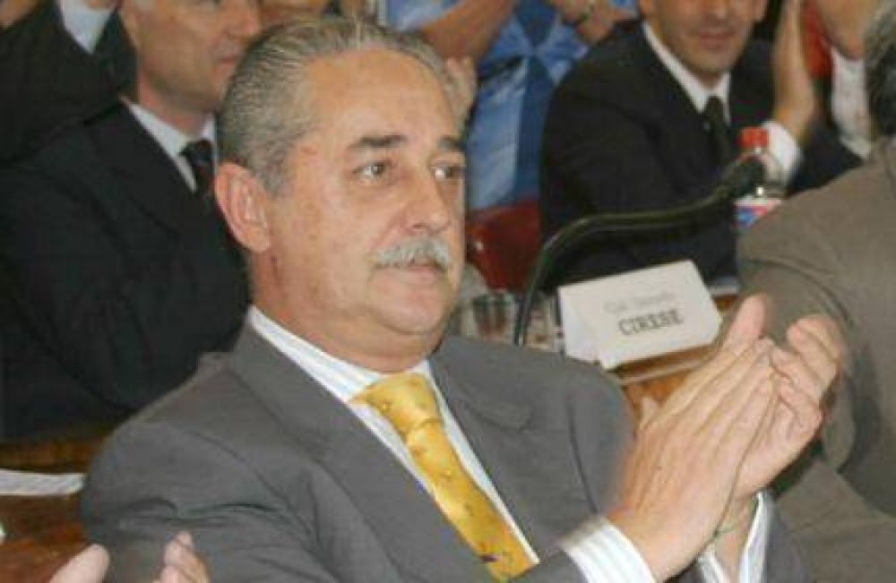 Eduardo Pezzati pidió a Scioli vete la Ley que le cedió por 50 años las tierras al Club Náutico de Mar del Plata