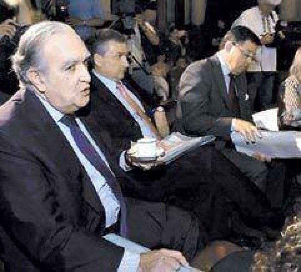 Diferencias clave entre los DNU de Néstor y Cristina para pagar con reservas