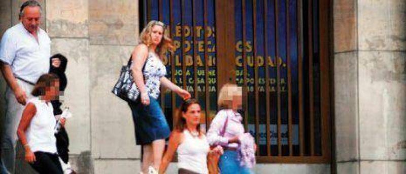Por primera vez, hablan las esposas de los represores Donda, Pernías y Tallada
