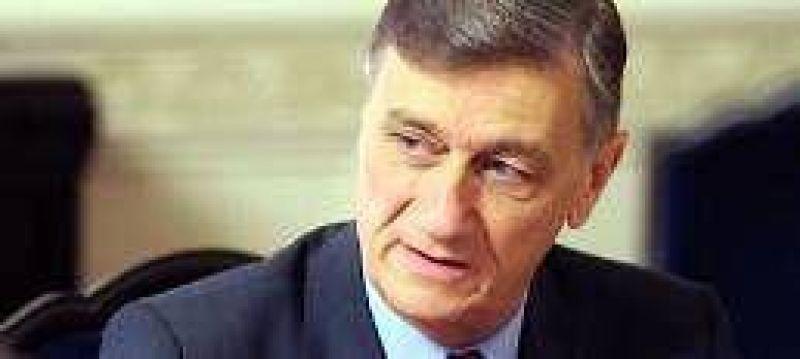 Fuerte cruce entre el gobierno y la oposici�n por la reforma fiscal