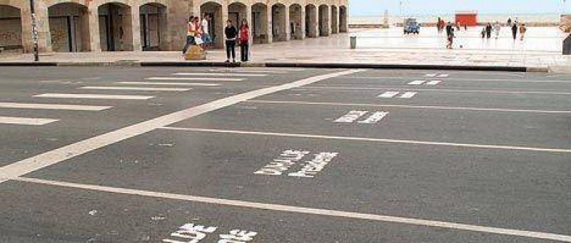 Duhalde avanza con pintadas en la Costa Atlántica y el Conurbano